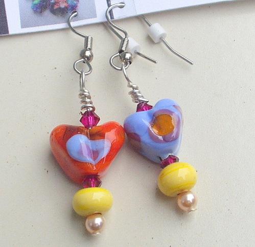 color heart earrings